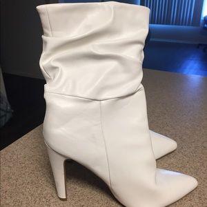 White heel boots